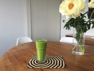 greensmoothieyellowflowers